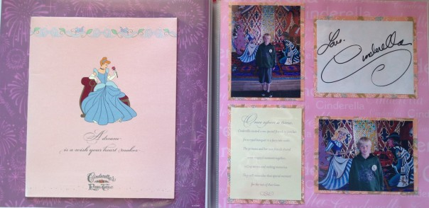 How to create an opening folder on a scrapbook page